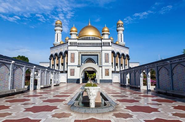Jame'asr Hassanil Bolkiah Mosque in Bandar Seri Begawan, Brunei